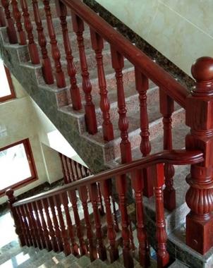 重庆会所实木楼梯