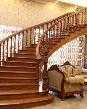 现代别墅实木楼梯