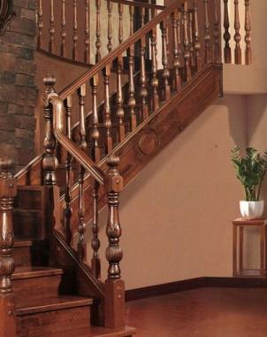 重庆复古复式实木楼梯